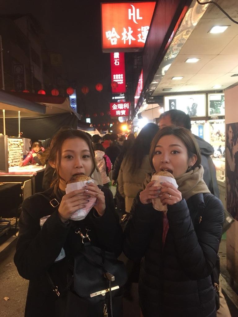 台湾旅行エコケーのアイドルたち?